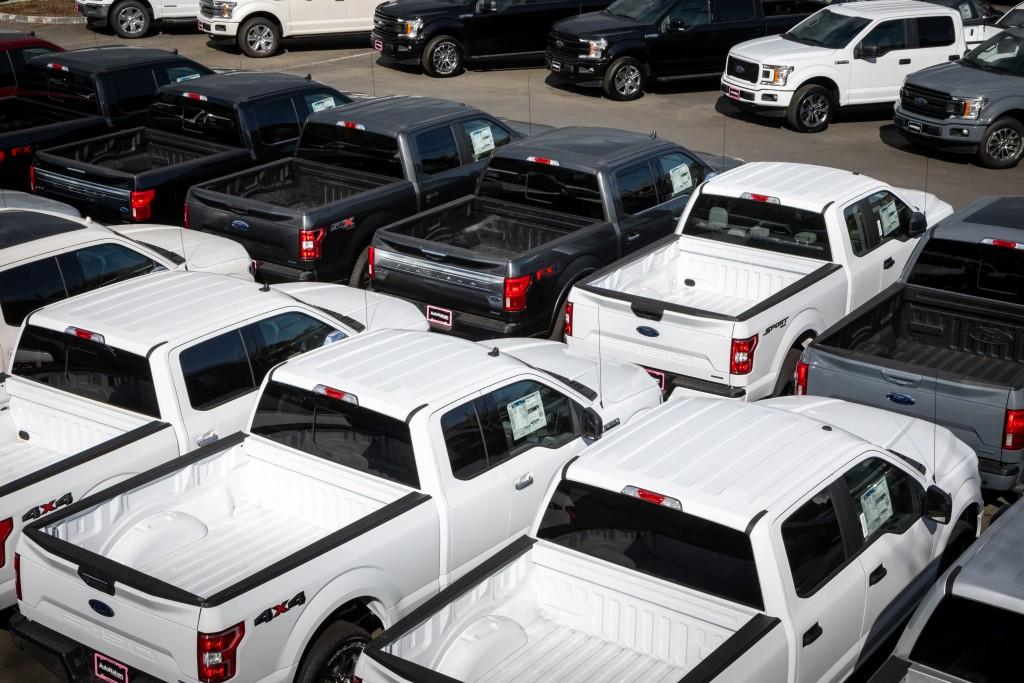 truck dealer